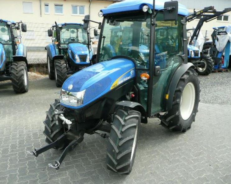 New Holland T3030 Tractor