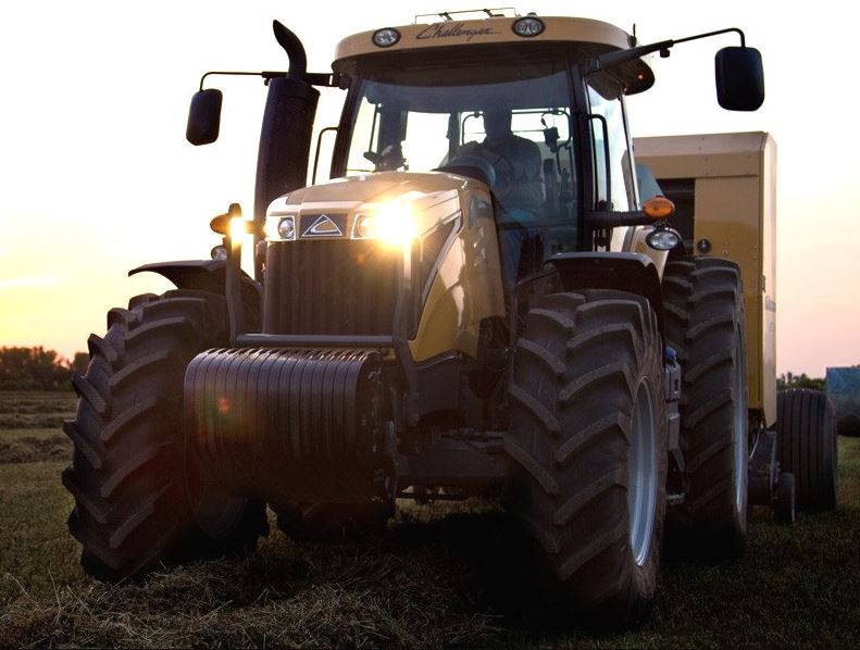 Challenger MT525E Tractor