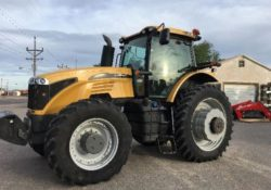 Challenger MT675E Tractor