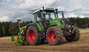 Fendt 313 Vario Tractor