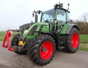 Fendt 513 Vario Tractor