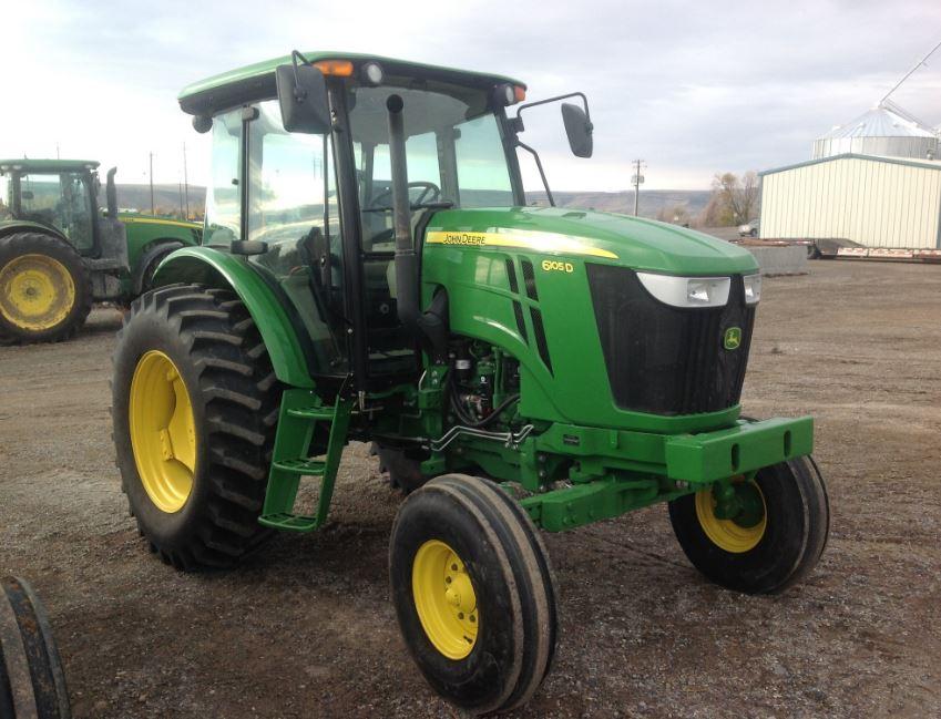 John Deere 6105D Utility Tractor