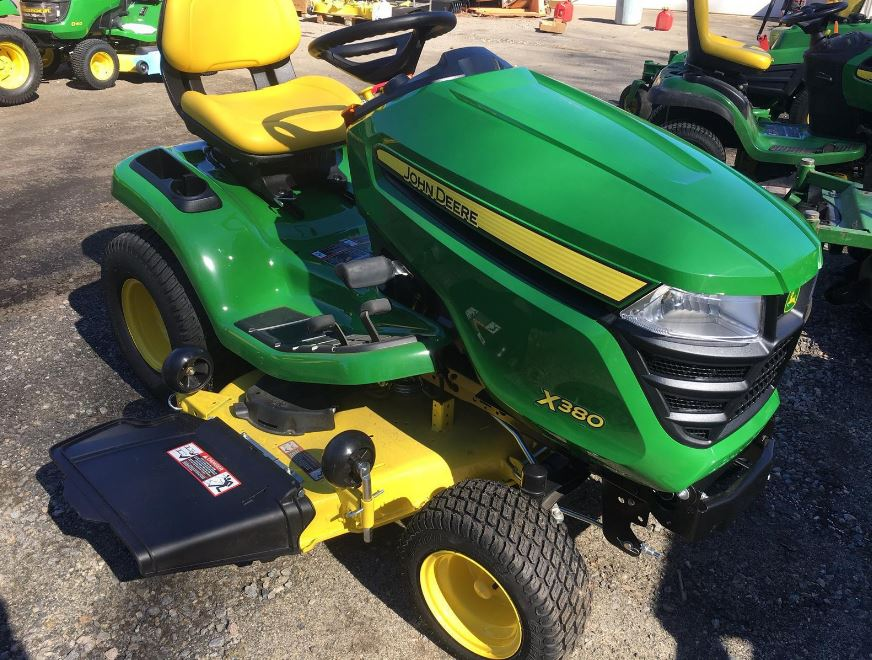 John Deere X380 Tractor with 48-in. Deck Lawn Tractor