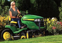 John Deere X394 with 48-in. Deck Lawn Tractor