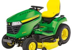 John Deere X590 with 48-in. Deck Lawn Tractor