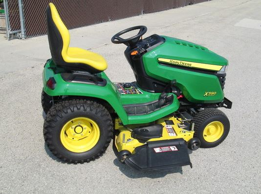 John Deere X590 with 54-in. Deck Lawn Tractor