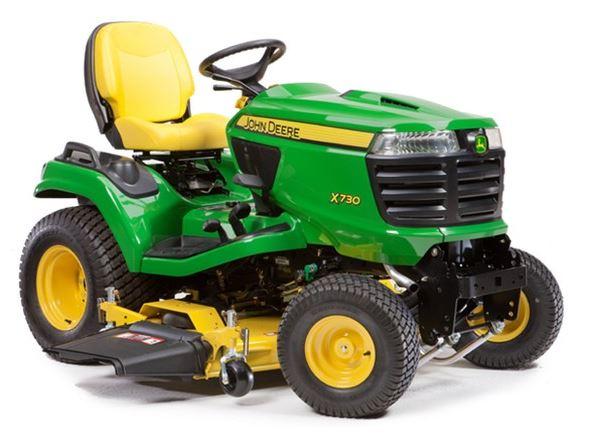 John Deere X730 Lawn Tractor