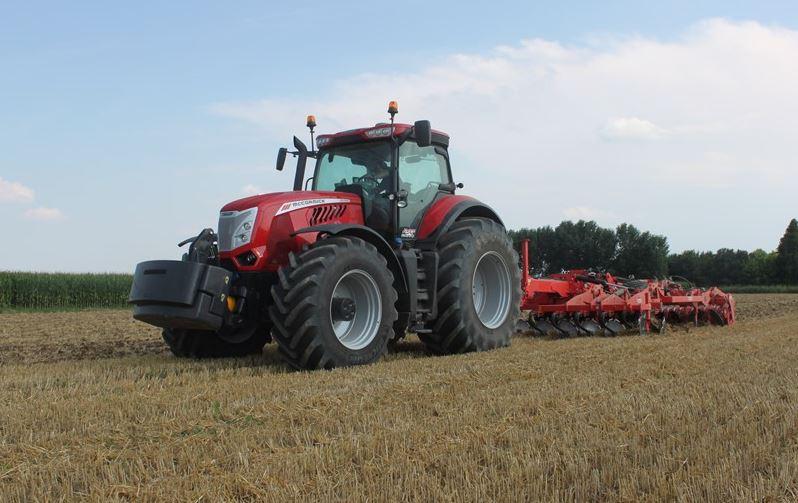 McCormick X8.670 VT Drive Tractor
