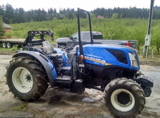 NEW HOLLAND T4.100F Tractor