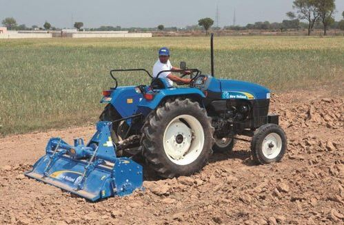 NEW HOLLAND TT35 Tractor