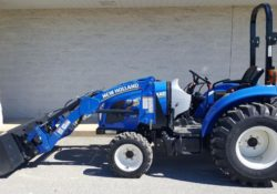 New Holland BOOMER 33 Compact Tractor