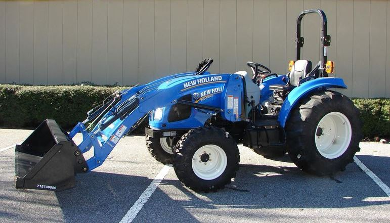 New Holland BOOMER 41 Compact Tractor