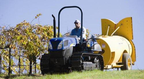 New Holland TK4050M Crawler Tractors
