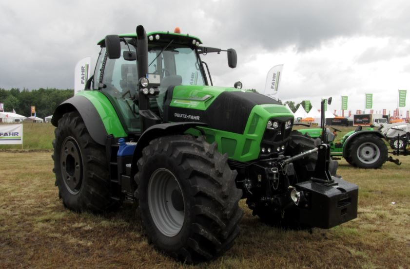 DEUTZ-FAHR 7250 TTV Agrotron Tractor Overview
