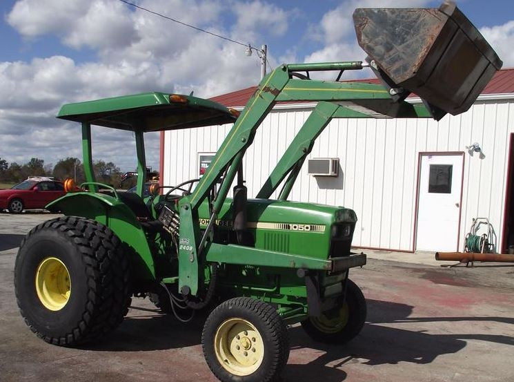 John Deere 1050 Tractor Attachments
