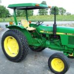 John Deere 1050 Tractor Specification, Review, Engine, Lift Capacity And Loader Guide
