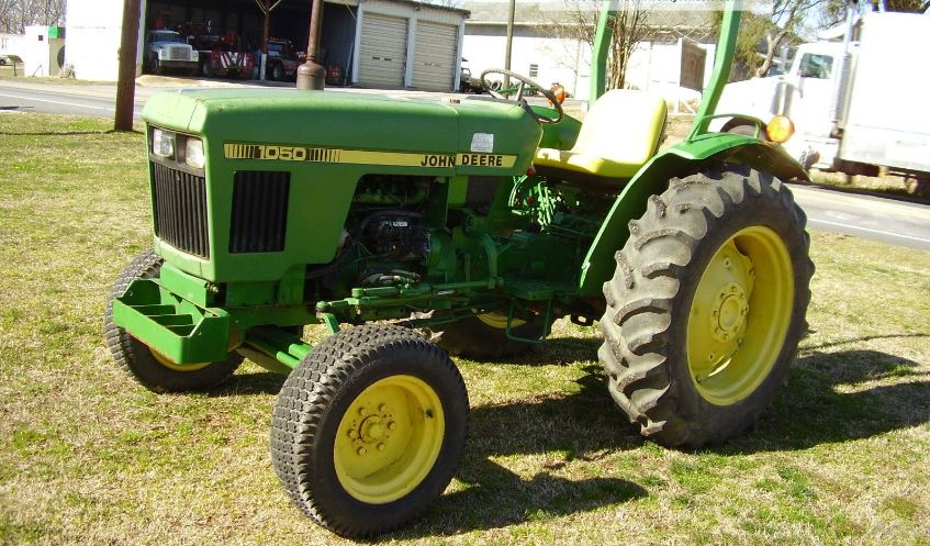 John Deere 1050 Tractor Specifications