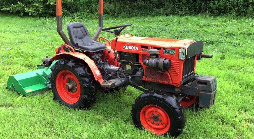 Kubota B7100 Tractor Price