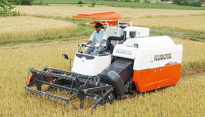 Kubota Combine Harvester Price in India, Specifications & Features