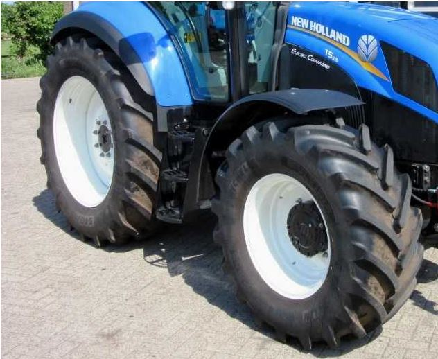 New-Holland-T5.115-Electro-command-Tire