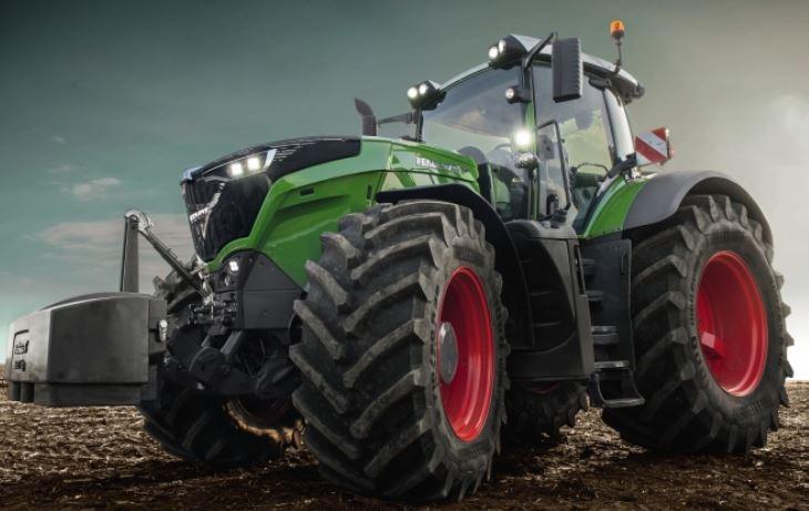 Fendt-1038-Vario-Tractor-1