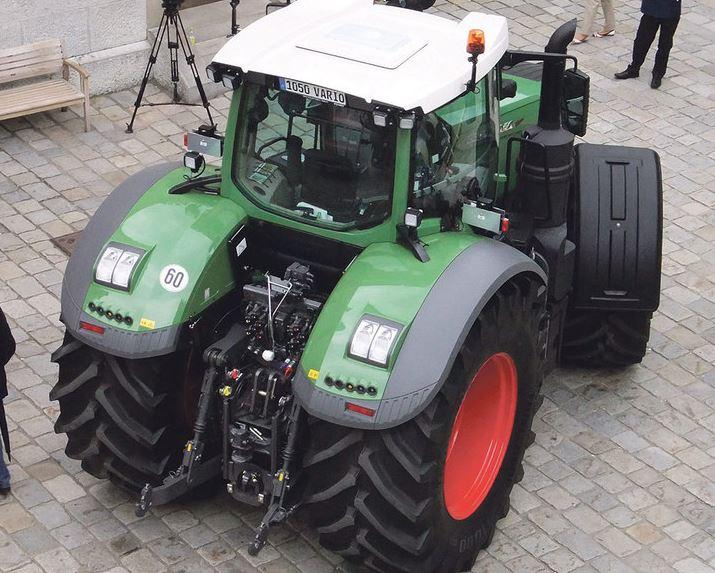 Fendt-1048-Vario-Tractor