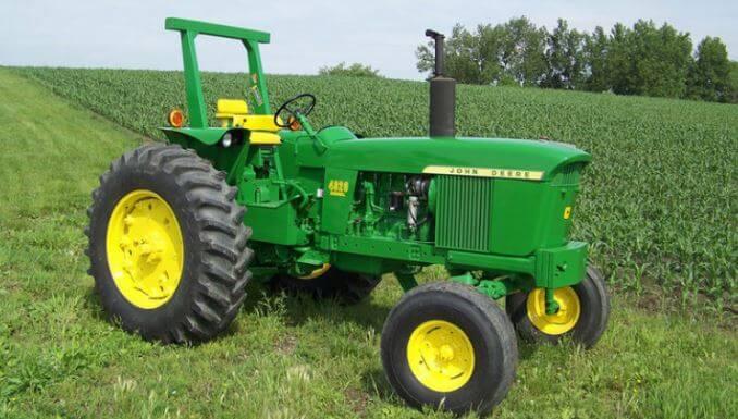 John Deer Model 4020 Tractor