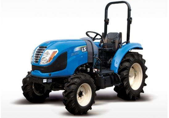 LS XR3135 ROPS Compact Tractor
