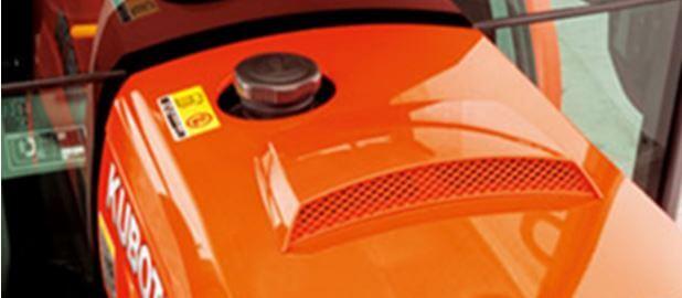 Kubota-B2650-compact-tractor-Fuel-tank