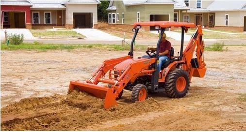 Kubota-B26TLB-Tractor-tire