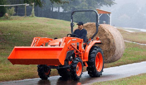 Kubota-L3301-Tractor-hydraulics