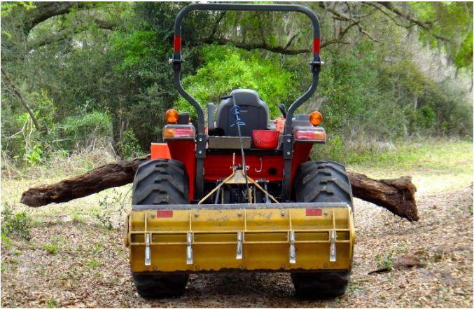 Kubota-L3560-Tractor-hydraulics-system