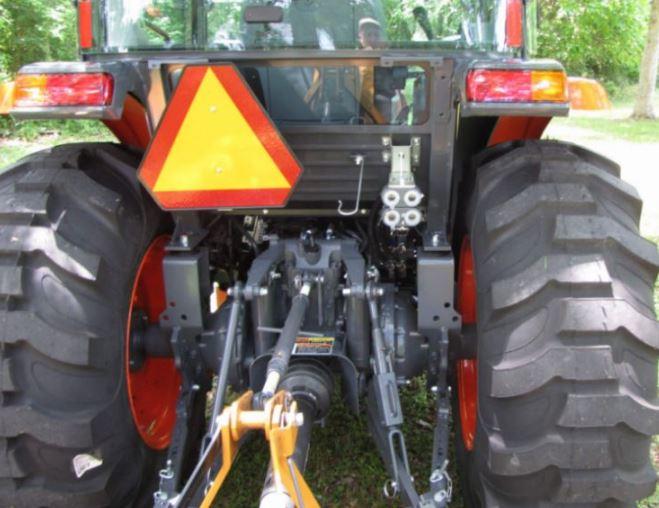 Kubota-L4060-Tractor-hydraulics-and-PTO