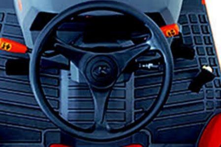 Kubota-L4060-tractor-steering