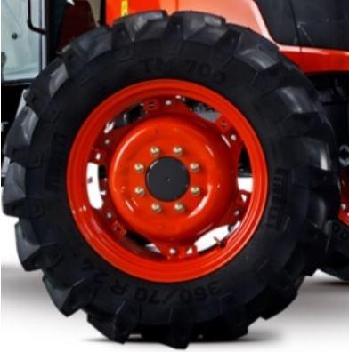 Kubota-M9540-Tractor-Tire