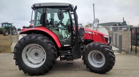 Massey-Ferguson-5611-Tractor