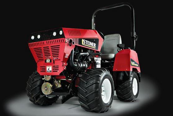 Steiner 440 Tractor