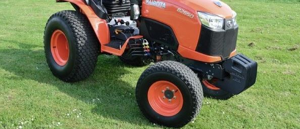 kubota-B2650-tire