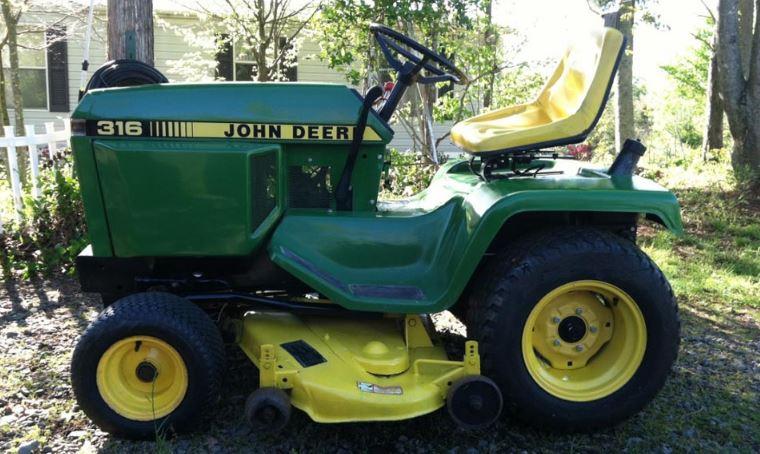 John Deere 316 Garden Tractor Price, Specs & Review