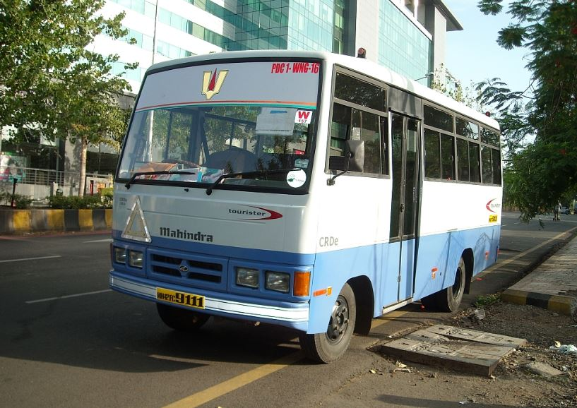 Mahindra Tourister CRDe 16 Seater