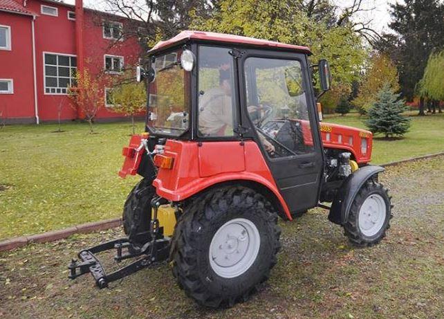 BELARUS 320.4 Tractor
