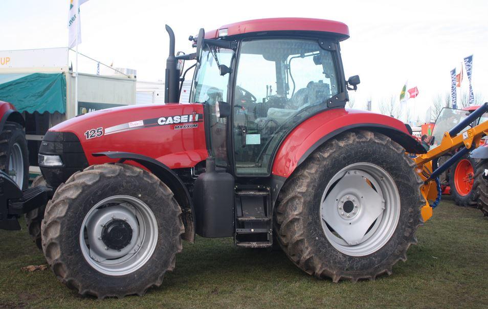CASE IH MAXXUM 125 Tractor