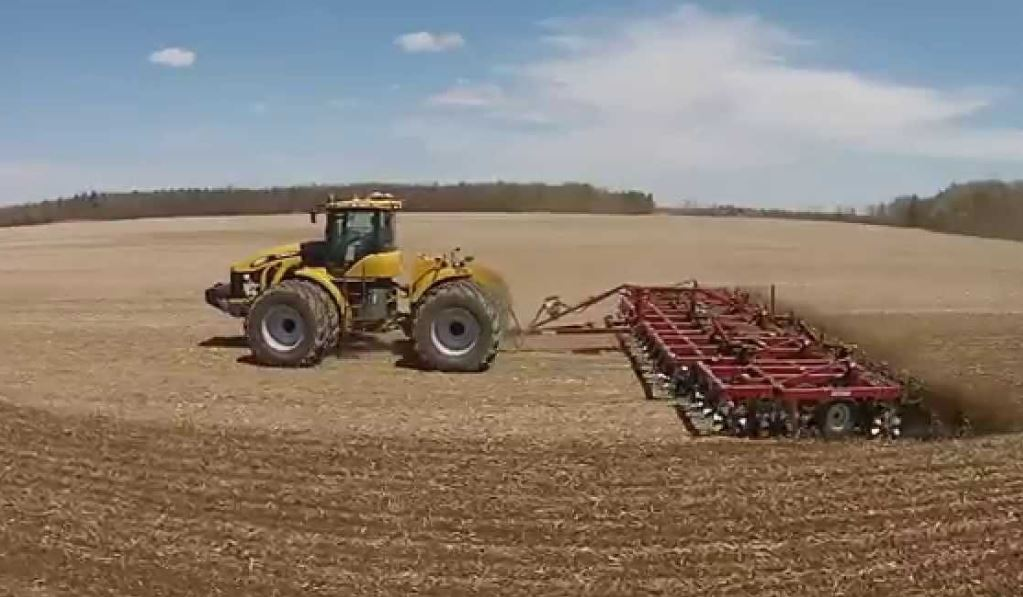 Challenger MT965C Tractor