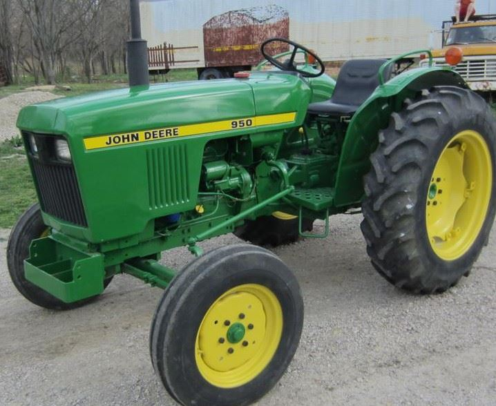 John Deere 950 Tractor Overview