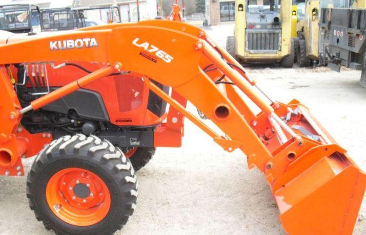 Kubota-L4701-Tractor-LA765-Loader