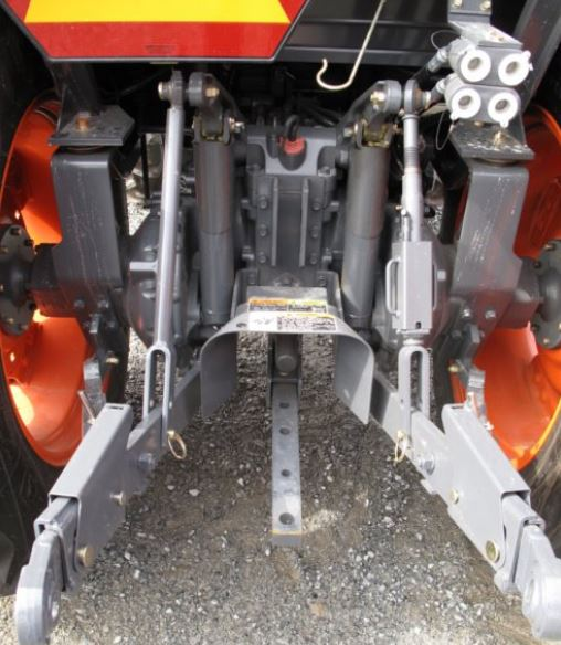 Kubota-L5740-tractor-hydraulic-and-pto-system