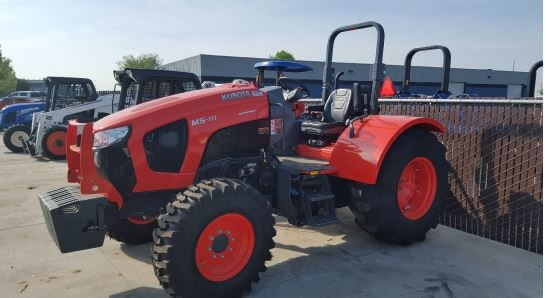 Kubota M5N-111 4WD CAB NARROW Tractor