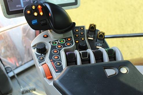 Kubota M7 131 Transmission system