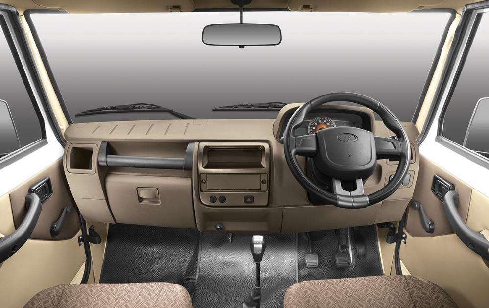 Mahindra Big Bolero Pick-Up interior