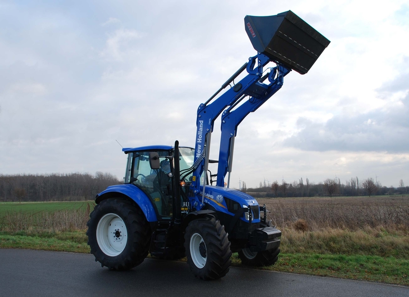New Holland T5.95 Tractor Front Loader